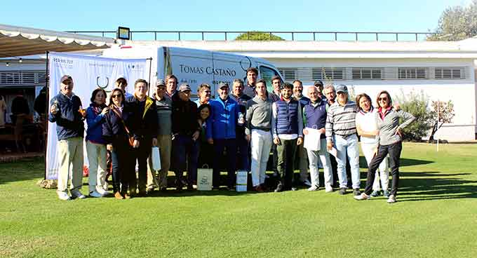 Los ganadores del I Torneo 'Jamones Tomás Castaño' celebrado en el Club de Golf Bellavista.