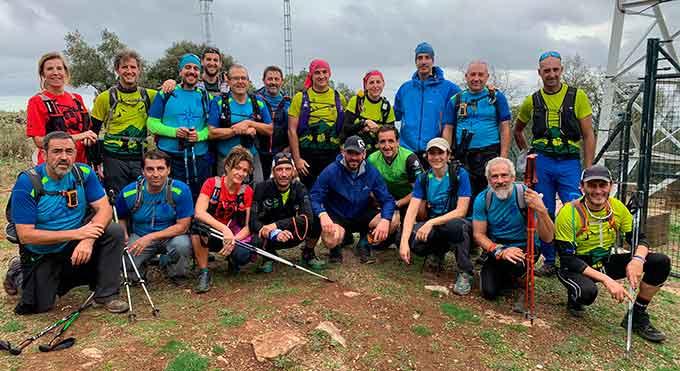 Representantes del GM 'Novenogrado' en la XVIII Travesía 'Ruta del Jabugo'.