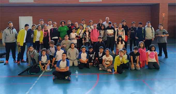 Participantes en la jornada de bádminton en Isla Cristina de 'La Provincia en Juego'.