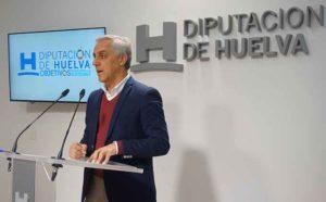 Un momento de la presentación, ahora en la Diputación Provincial de la XIII Travesía Marismas del Odiel.