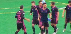 Los jugadores del Recre celebran el gol de Quique Rivero, que en ese momento supuso el 1-1. / Foto: Captura Teleonuba.