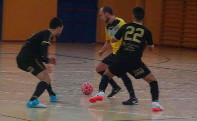Complicados partidos como visitantes para el CD Trigueros FS y el Smurfit Kappa en fútbol sala
