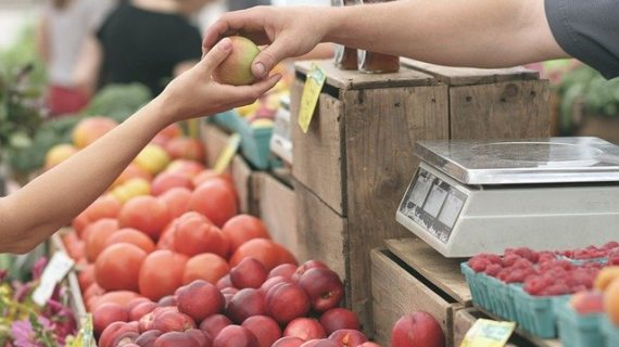Ayamonte y Cartaya son seleccionados para digitalizar sus mercados de abastos