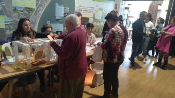 El porcentaje de participación hasta las dos de la tarde en las Elecciones Generales en Huelva es del 32,54%