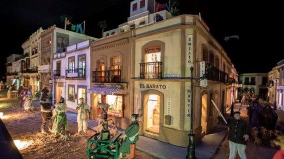El Belén del Ayuntamiento recrea la Huelva de antaño y sus comercios de siempre