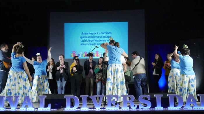 El Centro Social 'Los Desniveles' acoge el 'Festival Artístico para la Diversidad, ETHOS'