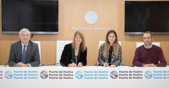 El Puerto de Huelva construye una gran pantalla vegetal para la mejora medioambiental en el Puerto Exterior