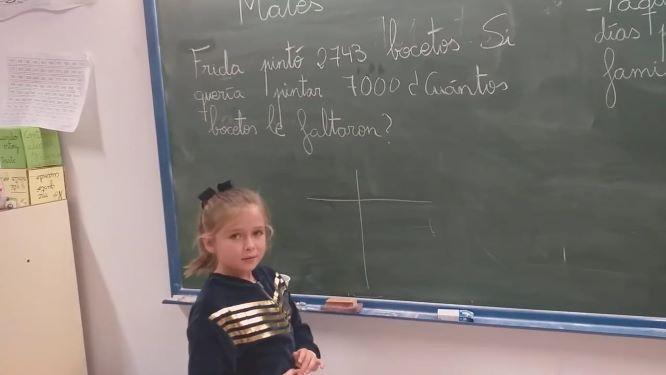 La pequeña Blanca, del CEIP Pedro Alonso Niño de Moguer, un as en Matemáticas