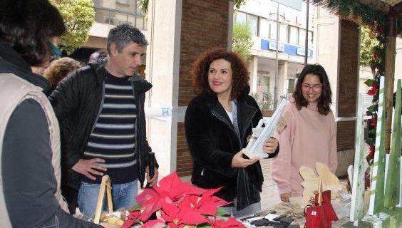 La solidaridad cobra protagonismo esta Navidad a través del Mercadillo de ONG y asociaciones en los soportales de Gran Vía