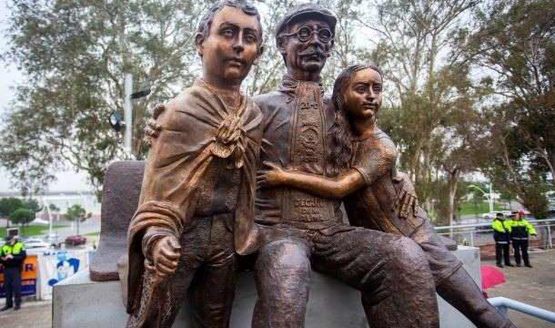 Inaugurado el Monumento a la Afición del Recreativo en el 130 aniversario del Decano