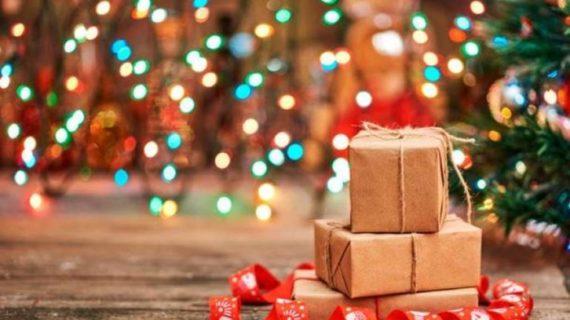 San Bartolomé de la Torre apuesta por una Navidad llena de regalos de establecimientos locales