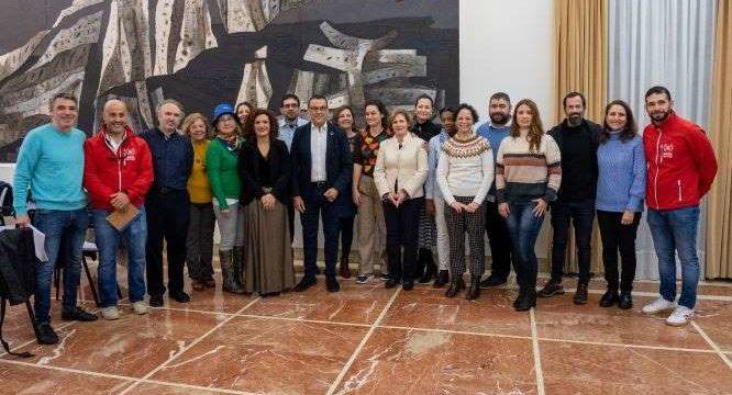Diputación entrega 246.000 euros en ayudas a diez ONG de la provincia para proyectos de cooperación internacional