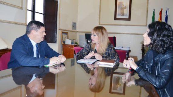 El Ayuntamiento de San Juan del Puerto comienza a estrechar lazos con la UNIA