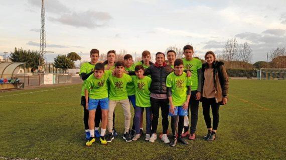 Un equipo de fútbol sin portero pero con solidaridad y sensibilidad