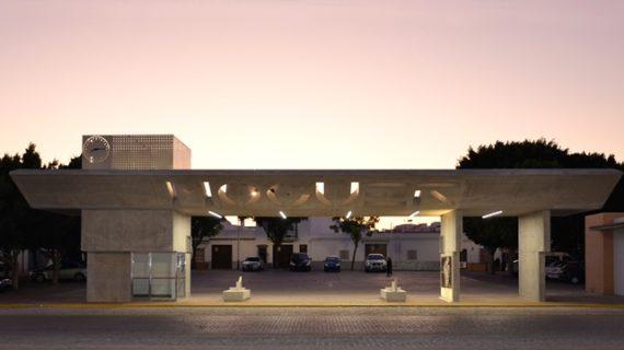 El apeadero de autobuses de Moguer, candidato a los premios 'Building of the year 2020'