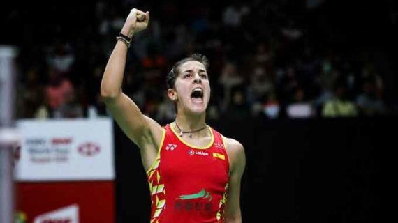Carolina Marín ofrece su mejor versión en el Másters de Indonesia para acceder a la semifinal donde jugará con la china He Bing Jiao