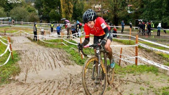 La onubense Isabel Borrero se proclama Campeona de la Copa de España de Ciclocross, todo un reconocimiento a su trayectoria