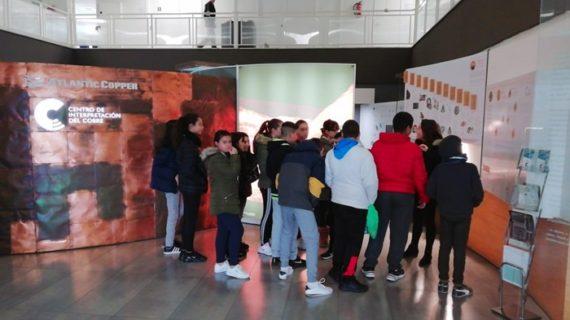 La Fundación Atlantic Copper pone en marcha el programa de visitas escolares 'MiérCobres'
