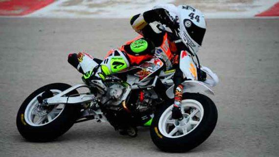Buena actuación del joven piloto onubense Hugo Millán en una carrera de resistencia en Murcia