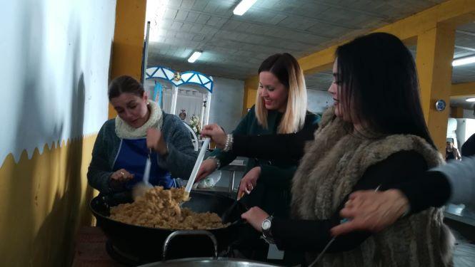Emigrantes invita el domingo a las 'Migas del Tío Pepe' con motivo de las fiestas de San Sebastián, Patrón de Huelva