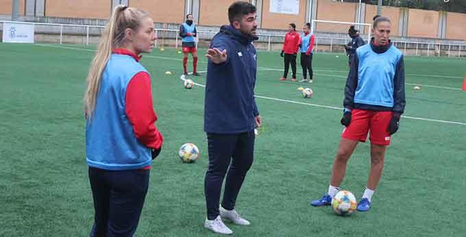 El Sporting de Huelva continúa este viernes la preparación del partido del domingo ante el Sevilla