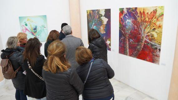 Manuel J. Márquez sorprende con su nueva técnica de creación artística en la exposición Biomimética