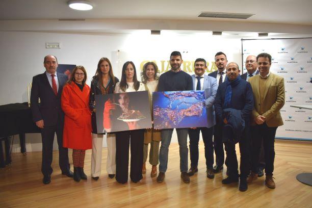 Juan José Ponce Gañán, ganador de la V edición del concurso 'enCuadre' de la Fundación Atlantic Copper con su obra 'Interconexiones'