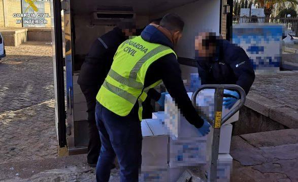 Intervenidos cerca de 795 kilos de chocos que carecían de documentación en una empresa de mariscos de Huelva