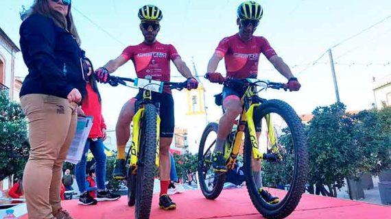 Los hermanos Macías Bonaño, líderes tras la primera etapa del IV Desafío Andévalo 2 bike