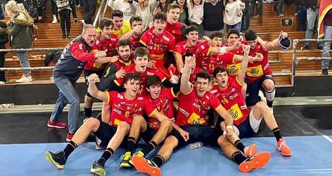 El moguereño Dani Serrano conquista con la selección Juvenil de España el Campeonato Mediterráneo 2020 de balonmano