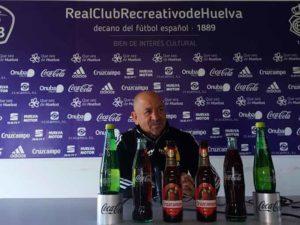 Claudio Barragán, entrenador del Recre, durante la rueda de prensa de este viernes. / Foto: @recreoficial.