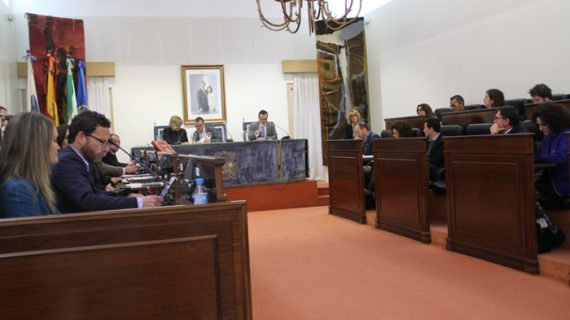 Diputación aprueba unos presupuestos marcados por la autonomía municipal, las políticas sociales y la igualdad
