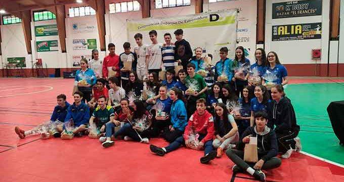 El IES La Orden se trae cuatro medallas del Máster Jóvenes Sub 15 y Sub 19 de Villanueva de la Vera