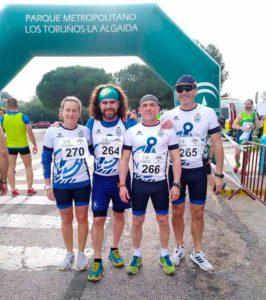 Veteranos del Real Club Marítimo de Huelva en el Campeonato de Andalucía de Piragua Cross.