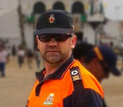 Rafael González, más de 30 años de voluntariado en Protección Civil de Valverde del Camino