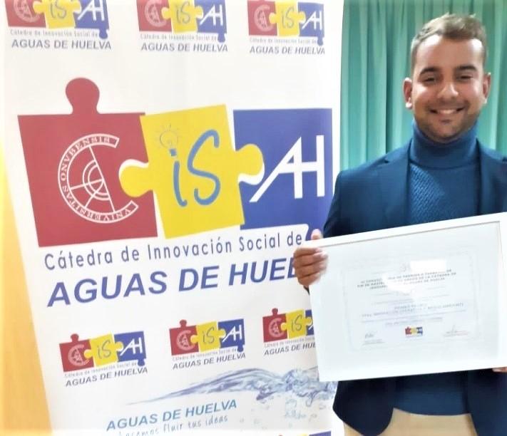 El químico triguereño José Antonio Sánchez estudia la presencia de la molécula del ibuprofeno en ríos y acuíferos
