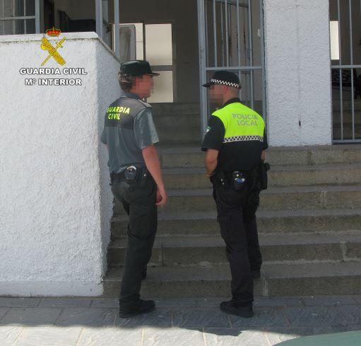 Detenido un varón por un robo con violencia perpetrado en Almonte