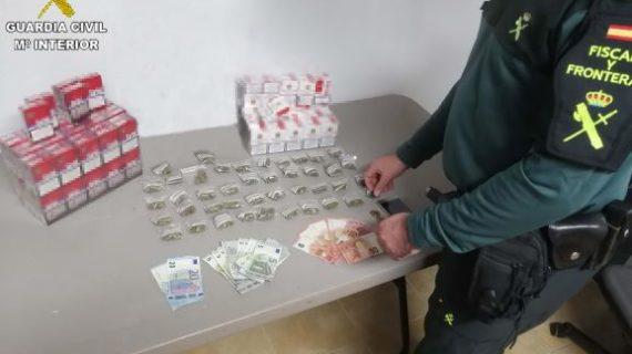 Detenido un varón por vender droga en una zona de ocio en Palos de la Frontera