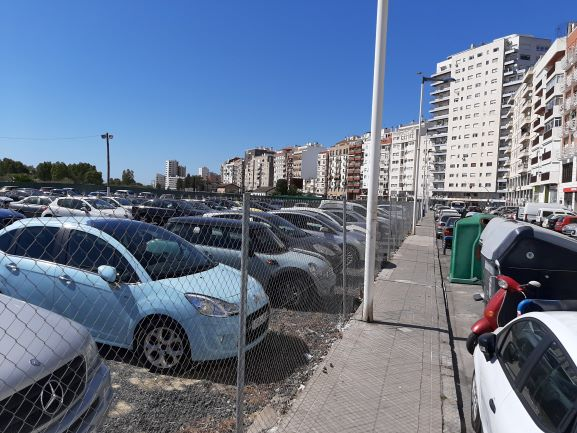 Mesa de la Ría propone la construcción de un parking subterráneo junto a la antigua estación del ferrocarril