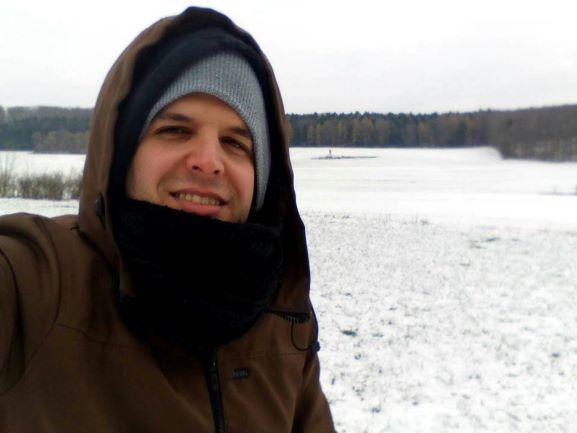 El ingeniero mecánico onubense Daniel Borrego, un diseñador técnico en una empresa alemana