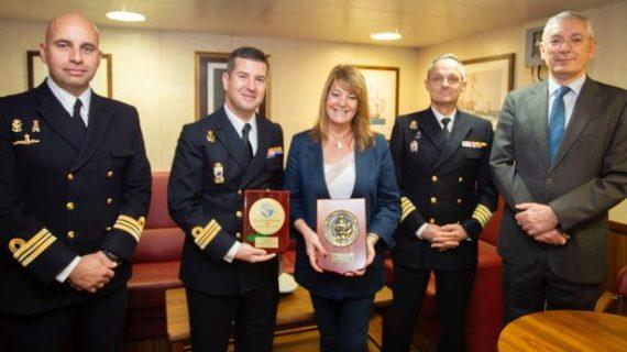 El Puerto de Huelva recibe al Buque 'Rayo' de la Armada