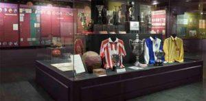 Espacio reservado en el Museo del Fútbol al Decano y a los orígenes en España de dicho deporte. / Foto RFEF.