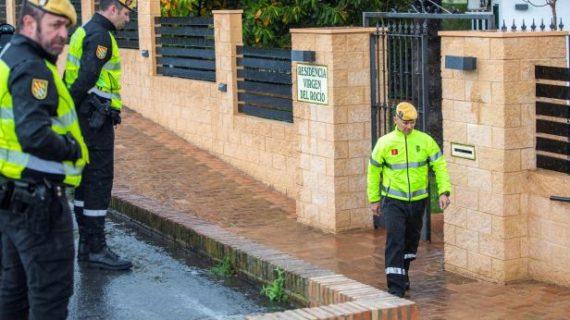 La Unidad Militar de Emergencias realiza tareas de desinfección en Huelva capital