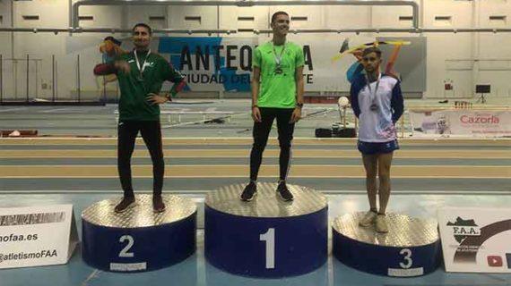 El Club Arcoiris de San Juan del Puerto brilló en el Campeonato de Andalucía Sub 18 y 20 de Atletismo en Pista Cubierta