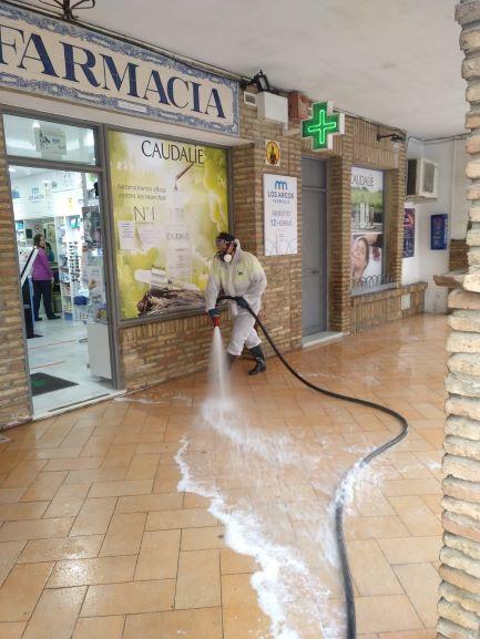 Palos de la Frontera inicia una operación intesa de limpieza de calles y espacios públicos