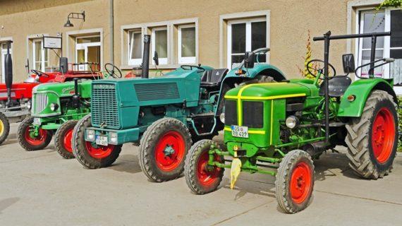 CR Palos hace un llamamiento para participar en la tractorada de este jueves en defensa del sector