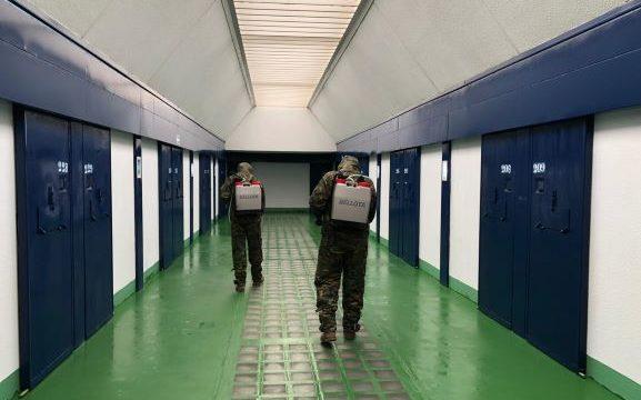 El Ejército de Tierra actúa en la Prisión de Huelva contra el COVID-19