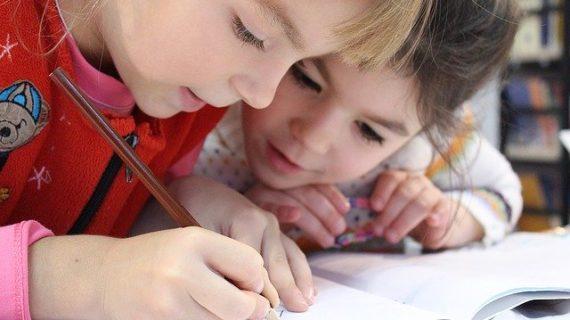 San Bartolomé invita a sus pequeños a participar en el concurso de pintura infantil #todosaldrábien