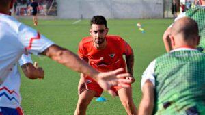 Por tercera temporada consecutiva la preparación física del Aroche recaerá en Antonio Jesús 'Fufu'. / Foto: @arochecf.
