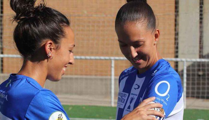 Sandra Castelló y Cinta Rodríguez portarán el brazalete de capitana en el Sporting de Huelva. / Foto: @sportinghuelva.